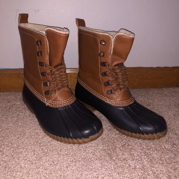 ESPIRIT Duck Boots size 7